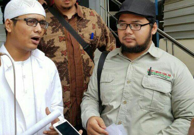 Ucapan Abu Janda Diduga Langgar UU ITE dan Penistaan Agama