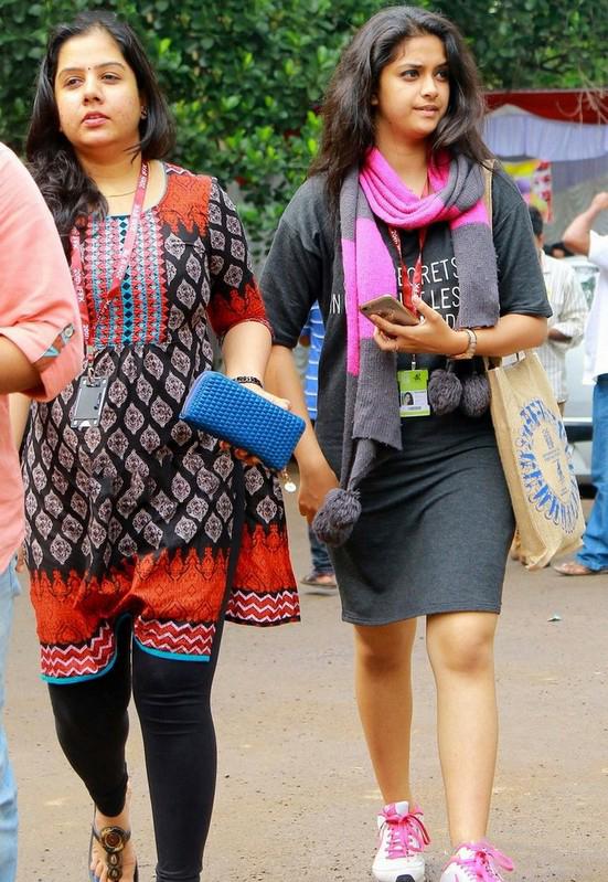 Keerthi Suresh Hot Thighs Photos
