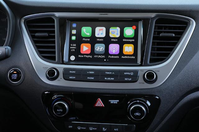 Android Auto и Apple CarPlay идут в массы