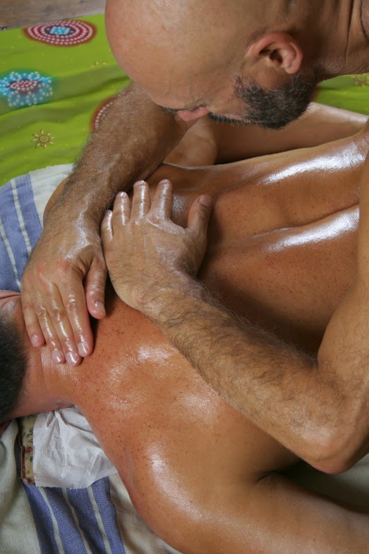 massage gay le hommes des community