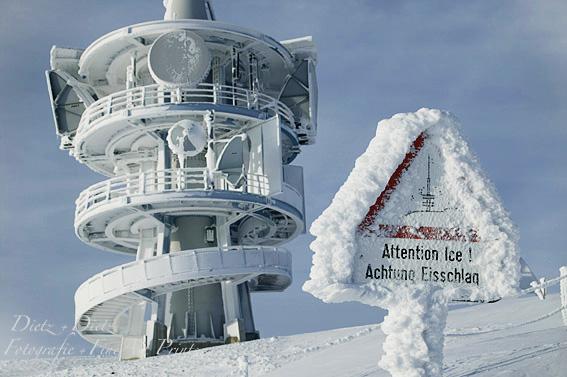 Raueis an Swisscomsender auf der Rigi