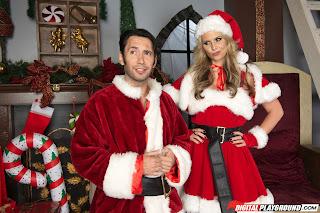 Phoenix-Marie-%3A-Dirty-Santa-Claus-is-Cumming-%23%23-DIGITAL-PLAYGROUND-o6vn803t23.jpg