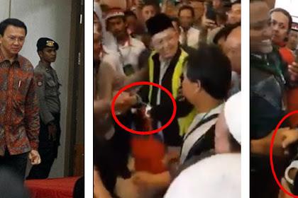 Berbeda dengan Ahok, Ustadz Alfian Tanjung Diborgol Tangannya Saat Masuk Ruang Sidang