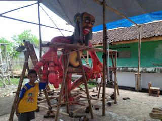 Umat Hindu Bikin Ogoh Ogoh Sambut Hari Raya Nyepi