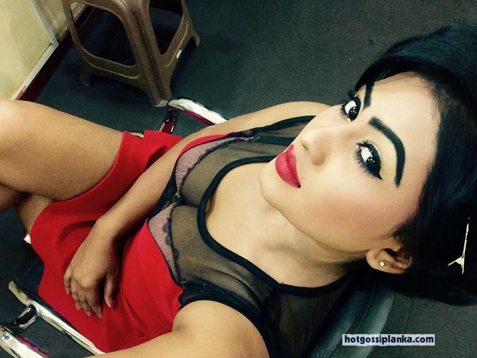 Sri lankan girls nude selfie will not