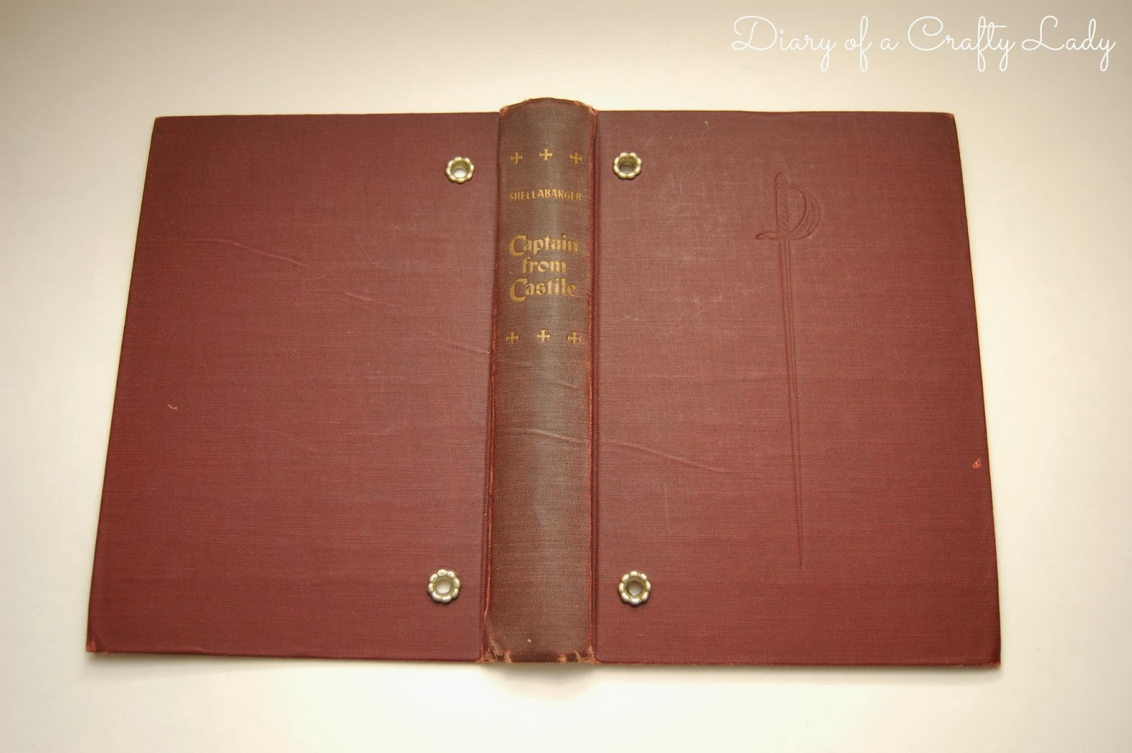Diary of a Crafty Lady: Old Book Covers for {Cookbooks; Scrapbooks ...