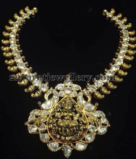 Pachi Necklace With Nakshi Lakshmi Jewellery Designs