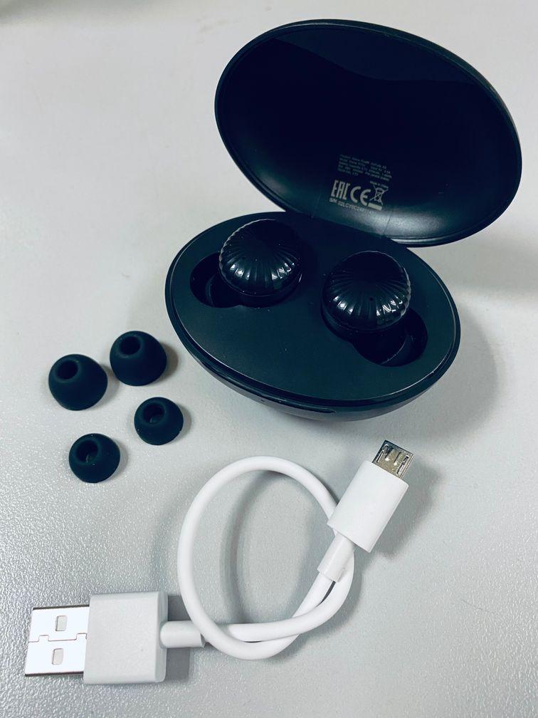 Realfit Gopods E5 Earbuds set