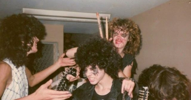 Metalheads, Headbangers: 50 Interesting Snapshots That Capture Heavy Metal Subculture of the 1980s