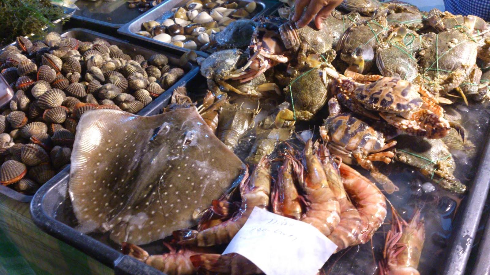 The sisters' favorite things...: Fresh Seafood Dinner ...