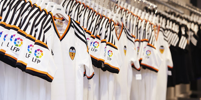 El Valencia ya tiene vía libre para sustituir a adidas