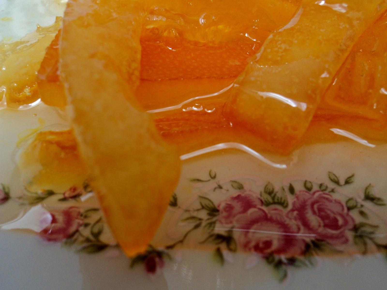 Piel De Naranja Confitada Olor A Hierbabuena