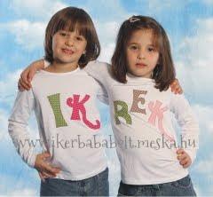 születésnapi köszöntő ikreknek Ikrekkel az élet: Szülinapi torta Ikreknek születésnapi köszöntő ikreknek