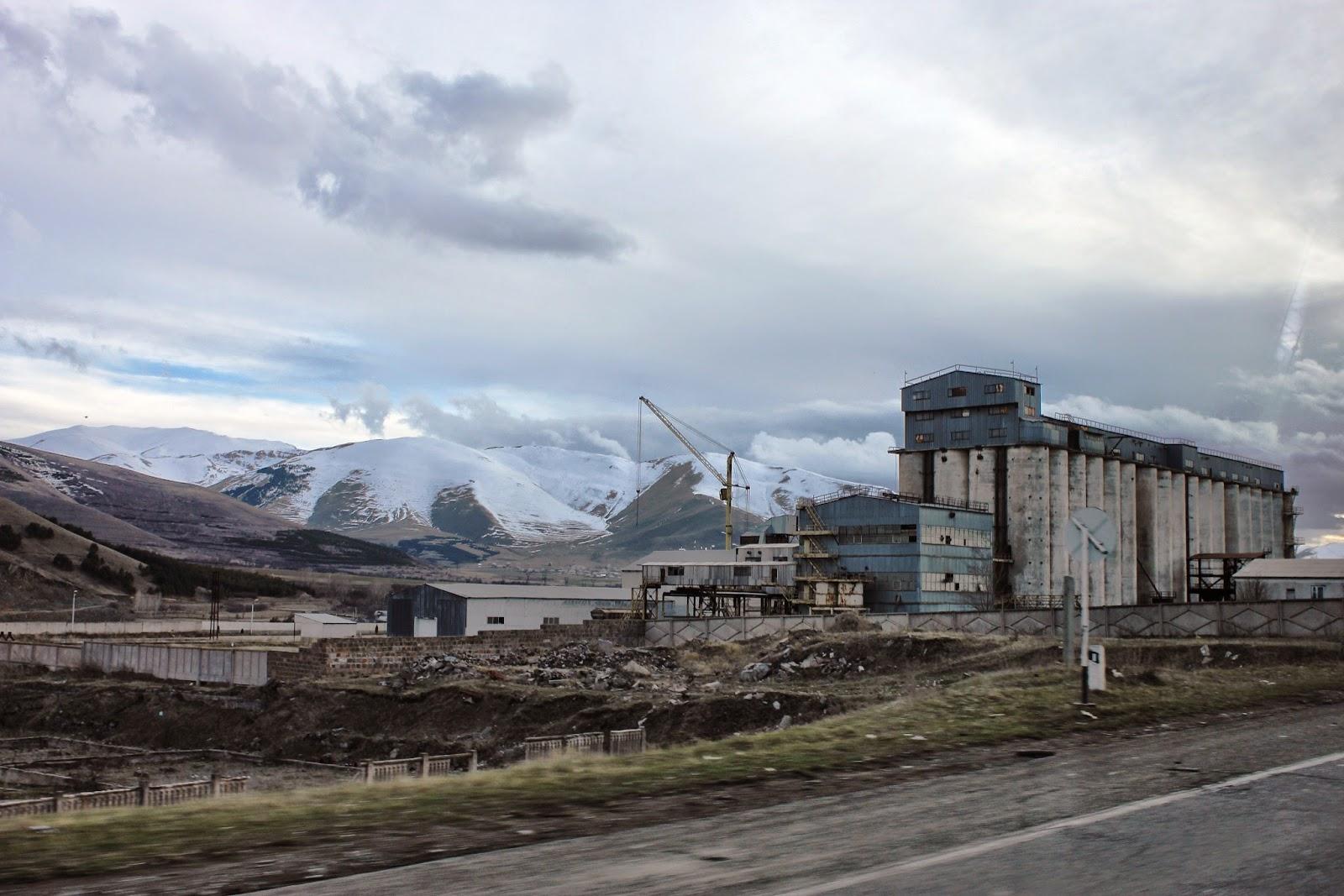 Porzucona fabryka w Armenii