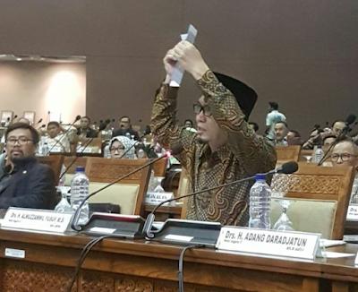 Pekikan 'Laa Ilaha Illallah Muslim Cinta NKRI' di Gedung DPR Bikin Merinding