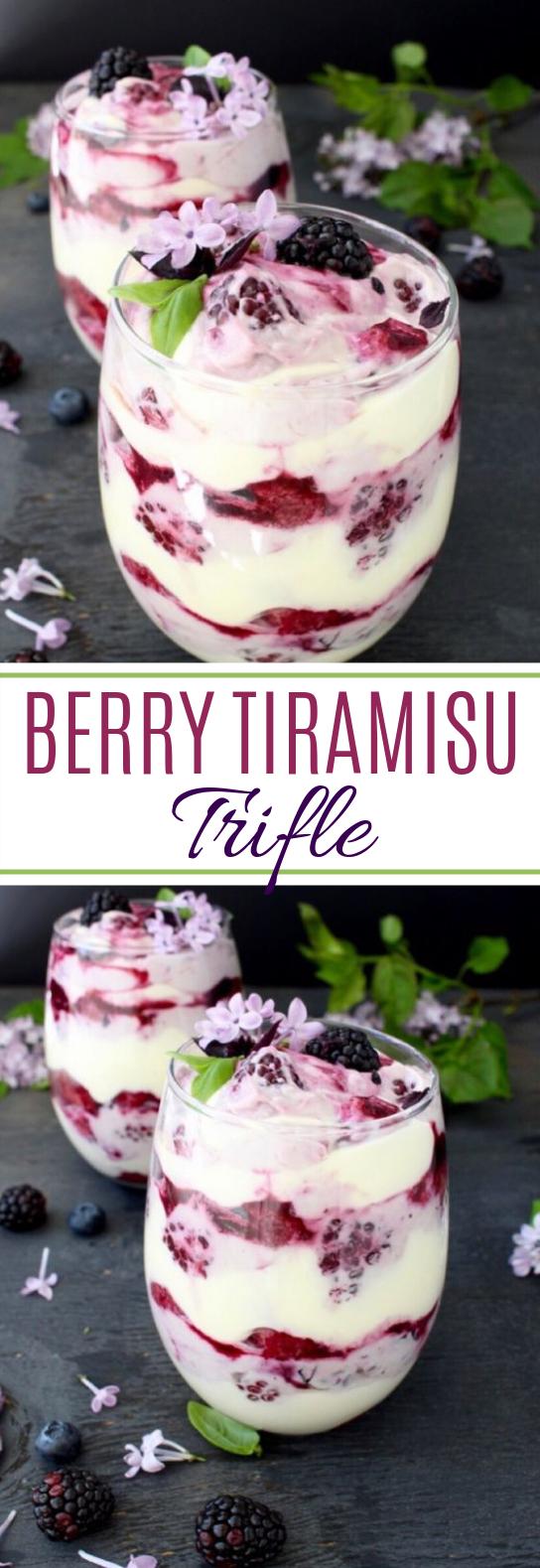 Berry Tiramisu Trifle #desserts #tiramisu