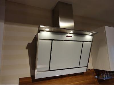 cappa aspirazione parete arredamento cucina