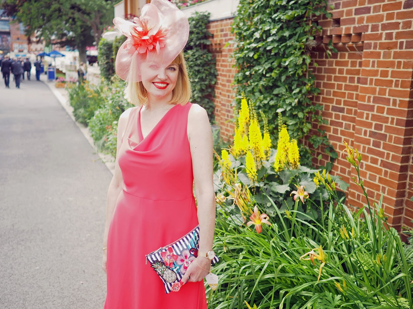 Races-Day-outfit-coral-dress-floral-sandals-coral-fascinator