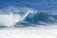 3 Koa Smith ens Pipe Invitational foto WSL Damien Poullenot