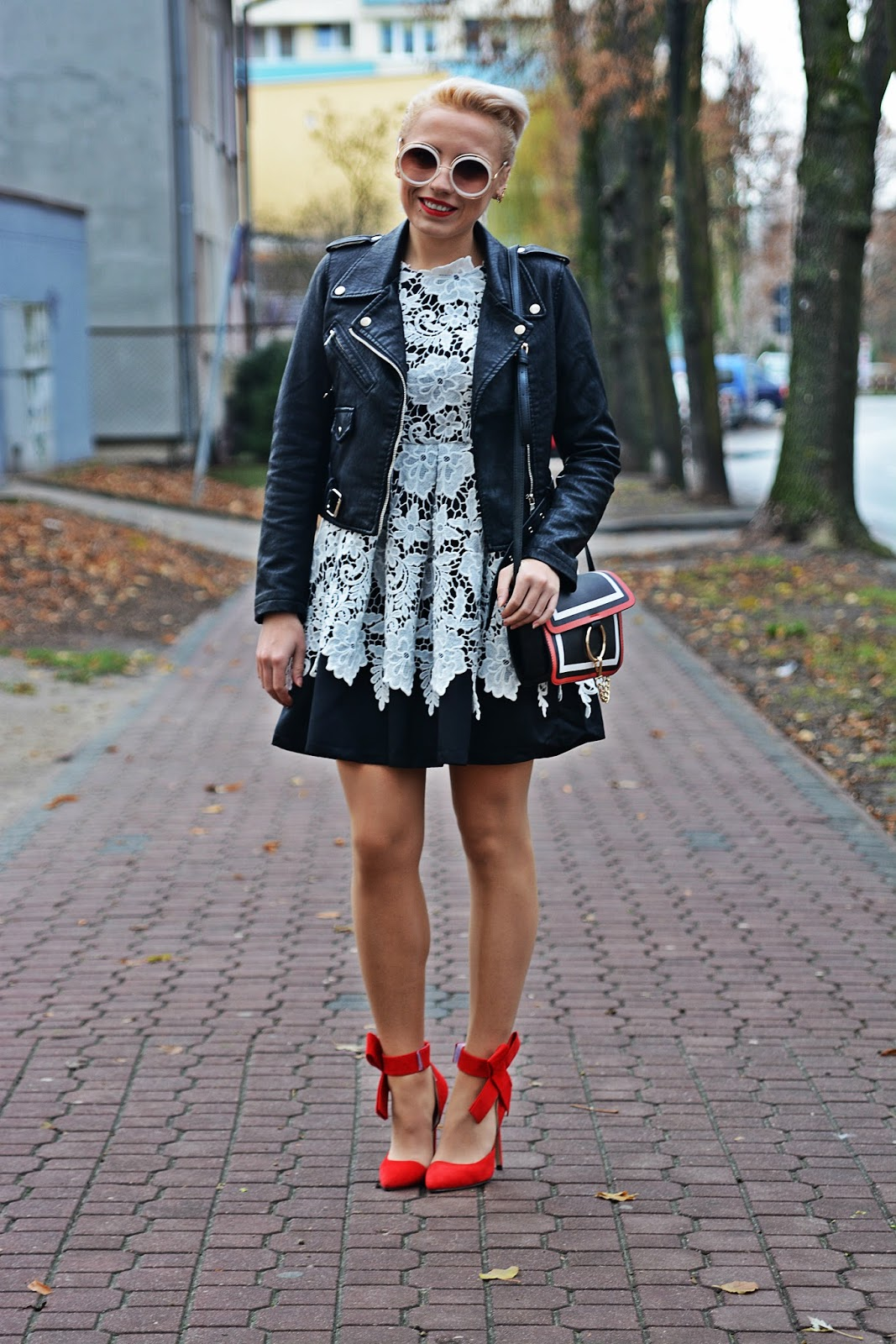shein_lace_dress_red_heels_karyn_koronkowa_sukienka_2