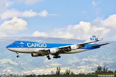 KLM Cargo arribando en Quito