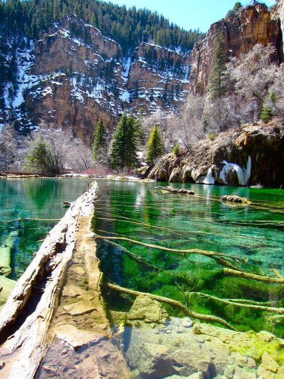 Hanging Lake, Colorado, USA