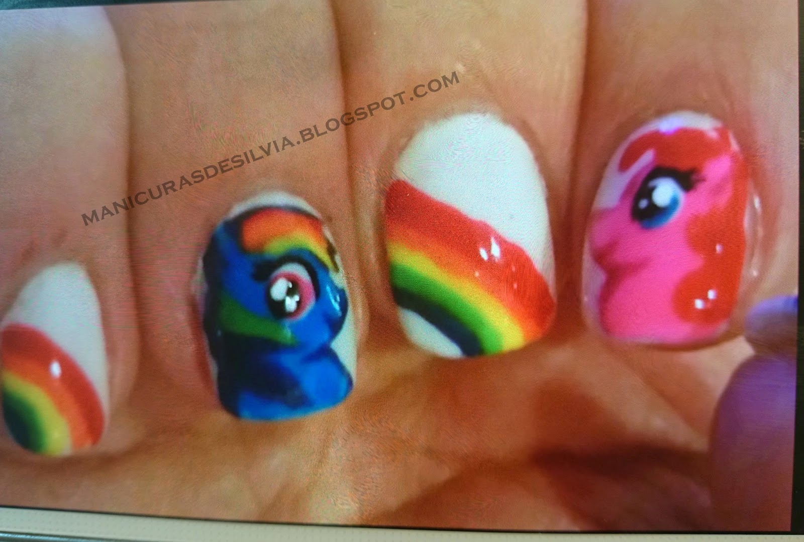 Uñas de My Little Pony (My Little Pony nails)