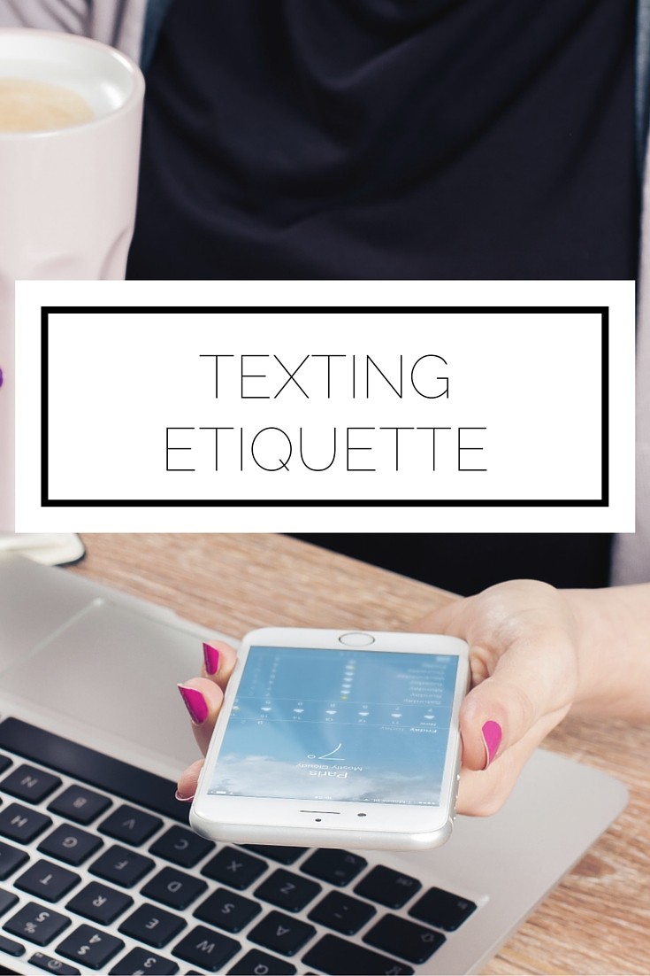 Click to read now, or pin to save for later! We do it everyday, but do we ever think about texting etiquette? Learn what you need to be the best texter out there
