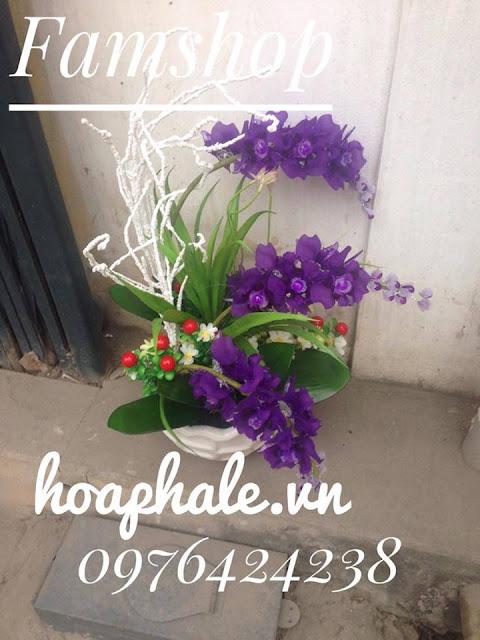 Cua hang hoa pha le o Hoang Mai