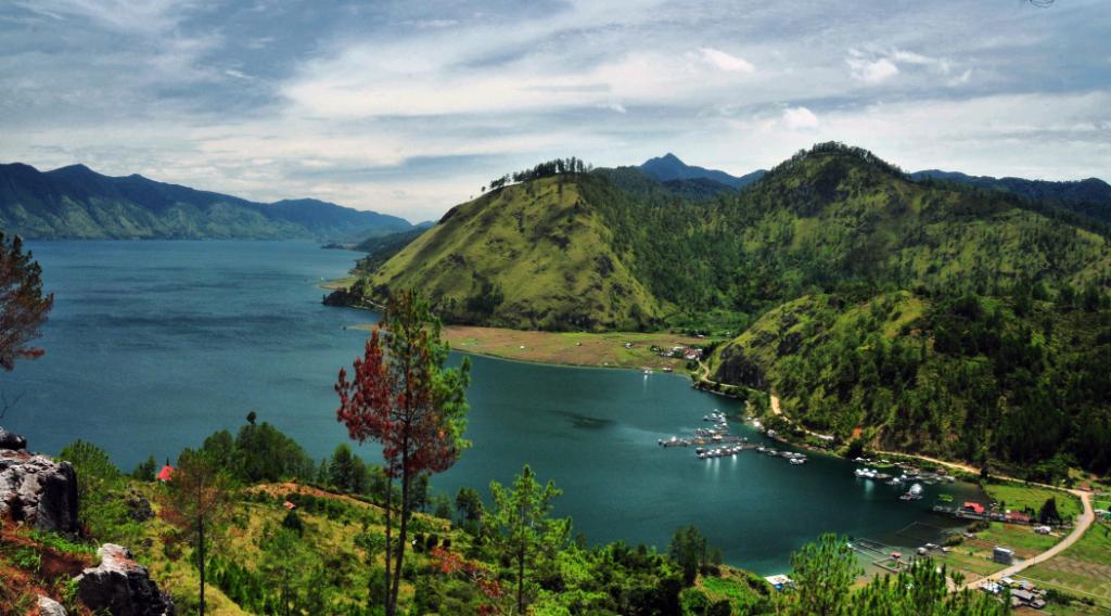 Danau Laut Tawar wisata Aceh menari danau luas indah dan menarik
