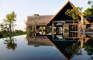 traumh user luxus immobilien traumhaus mit pool auf bali. Black Bedroom Furniture Sets. Home Design Ideas