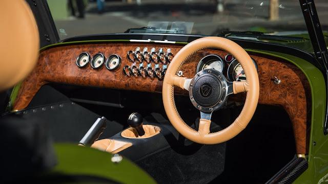 Caterham Seven Harrods -  Tablero de chapa de madera