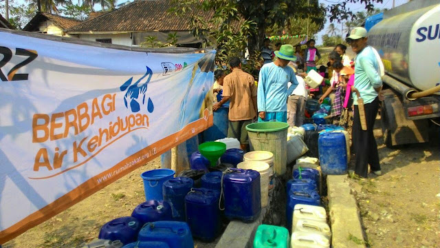 RZ Berbagi Air kehidupan di Daerah Rawan Kekeringan