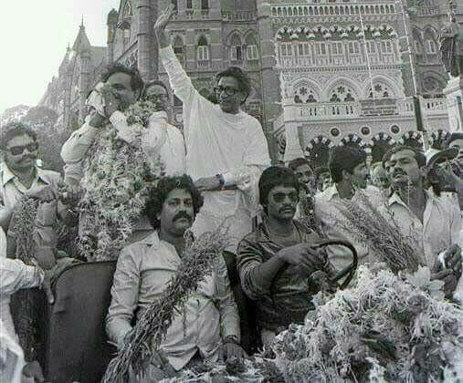 manya surve with balasaheb thakre