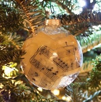 Glass music sheet ornaments