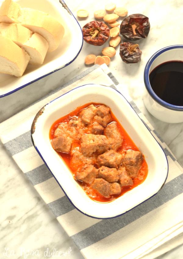 Carne en salsa a la granadina