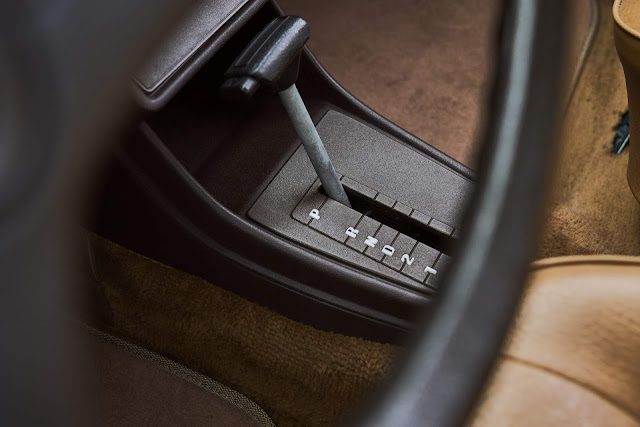 VW Jetta 1982 - interior