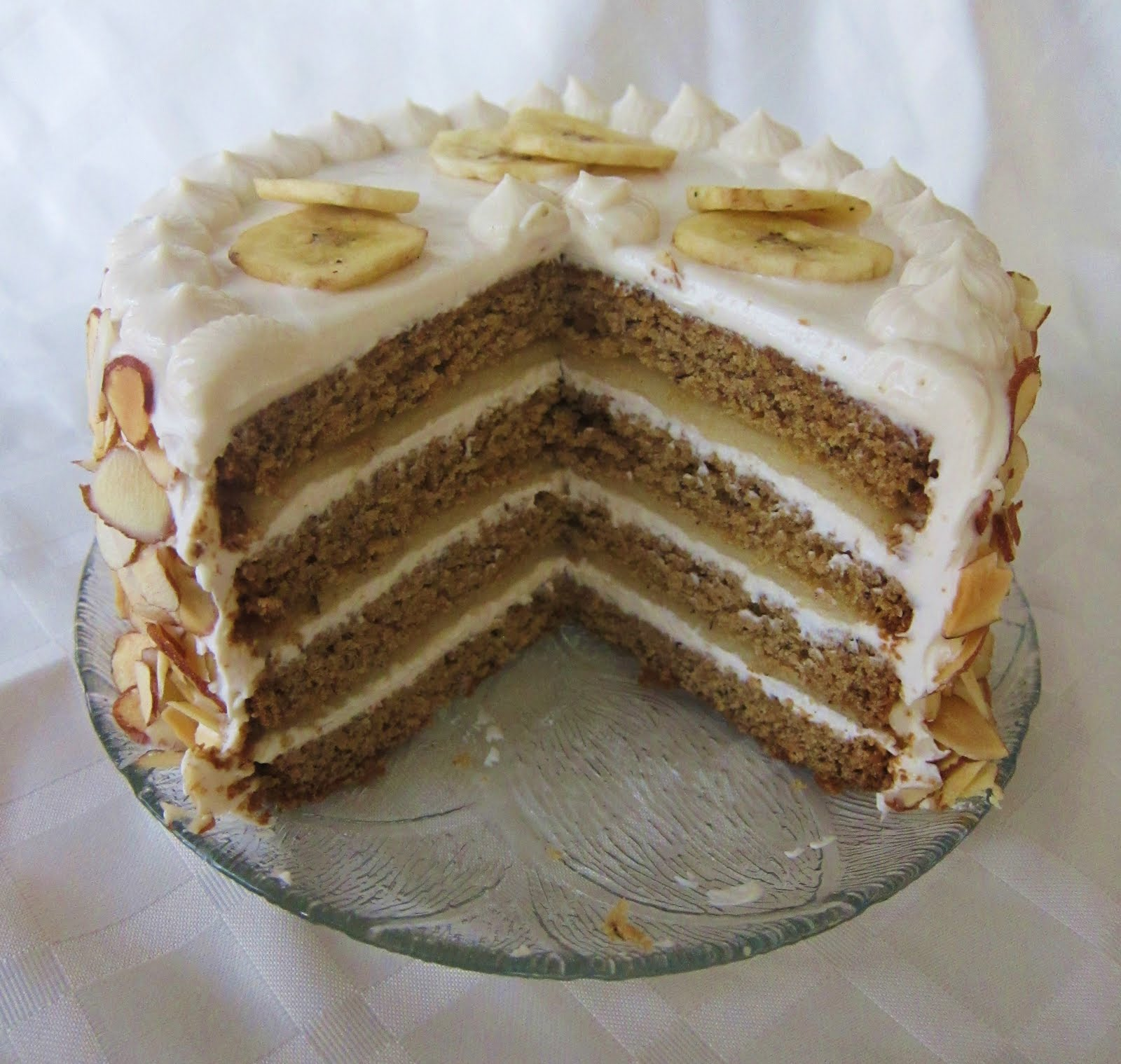 Almond And Banana Cake