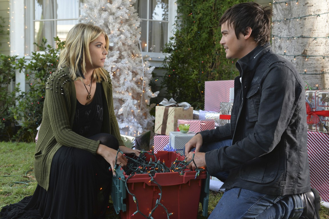 Pretty Little Liars - Season 5 Episode 12: Taking This One to the Grave