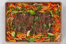 Best Sheet Pan Fajitas with Steak (Whole30, Low Carb) #dinnerrecipe #food