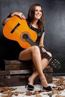 Center Shopping Rio apresenta show gratuito da cantora Jéssica Campos