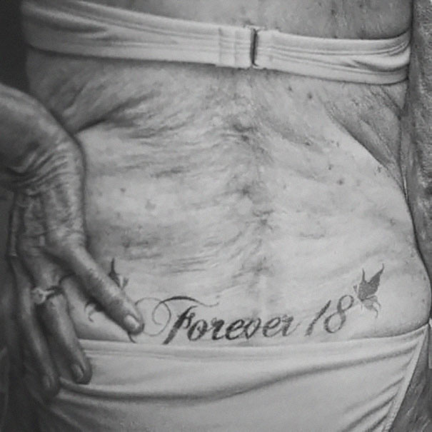 tattooed-elderly-people-9
