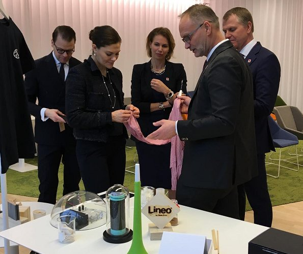 Crown Princess Victoria and Prince Daniel visited Stora Enso's Innovation Centre