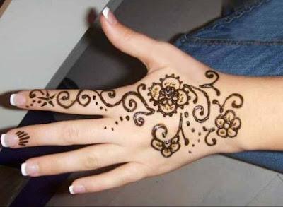 10 Desain Gambar Henna Sederhana