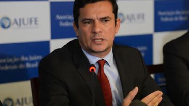 Após sua confirmação no governo, Moro estará nesta quarta em Brasília