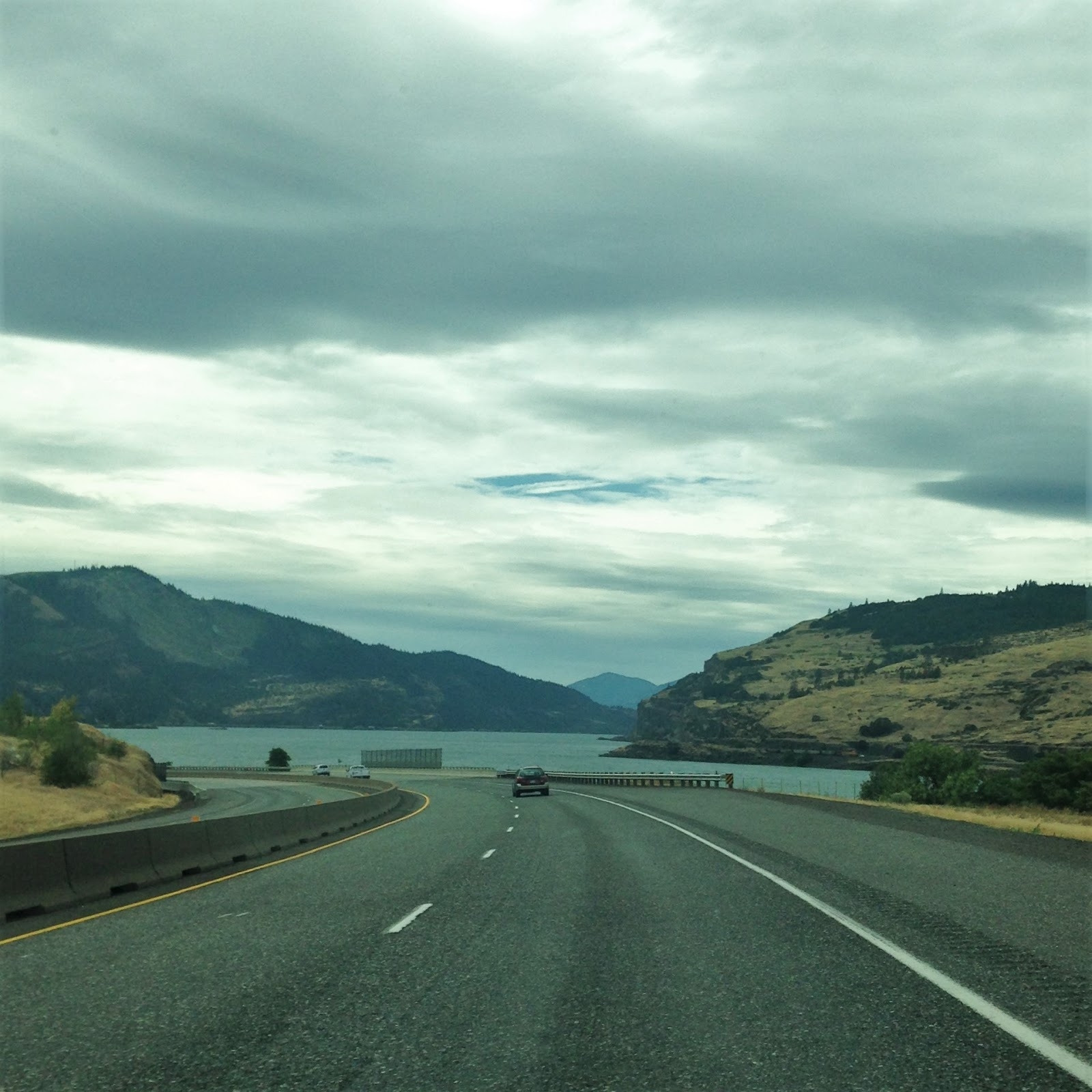 Seattle to hood river our 2016 family road trip born and read in chicago for Hood river swimming pool hours