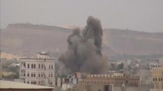 انفجارات عنيفة  تهز العاصمة اليمنية صنعاء، والتحالف العربي يقصف مخازن أسلحة سرية لميليشيات الحوثي