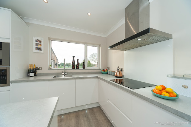 Marketing shot of a modern kitchen - house for sale Goole