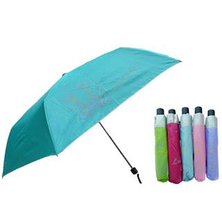 Aksesoris Penting Saat Musim Hujan