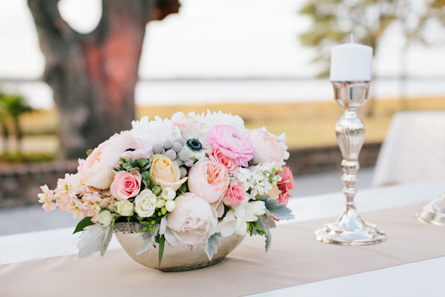 shabby+chic+wedding+spring+summer+pastel+champagne+pink+black+white+bride+groom+bouquet+ceremony+centerpiece+floral+flower+bridesmaid+dresses+dress+riverland+studios+15 - Charleston Pastel